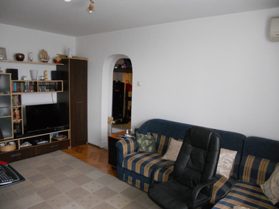Vând apartament 2 camere, zona Dristor