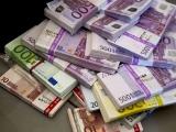 900.000 de euro mită pentru Elena Udrea, aduși într-o geantă la minister