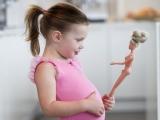 ALARMĂ! 100.000 de copii din România au probleme de greutate