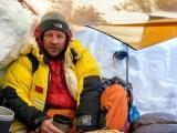 Alpinistul român Zsolt Török, blocat în tabăra de bază de pe Everest
