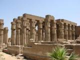 Atentat sinucigaș la porțile templului Karnak din Luxor