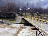 Avertizare cod galben de inundaţii pe râuri din Hunedoara, Arad, Timiş, Sibiu, Alba şi Suceava