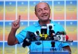 Băsescu: Îi cer preşedintelui interimar şi premierului să îşi asume răul pe care l-au făcut României
