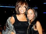 Bobbi Kristina, fiica regretatei Whitney Houston, a ieșit din comă, susține tatăl ei