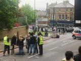 Britanic decapitat în stradă de doi teroriști VIDEO
