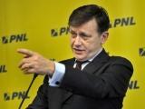 CRIN, despre ofițerul acoperit: Dacă Băsescu are ceva de spus, să spună!