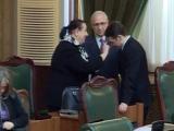 Dan Șova, miruit în plen de o fostă judecătoare. Senatorul a fost salvat de lipsa de cvorum