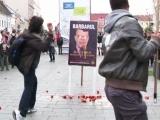 Daniel Barbu, bombardat cu roșii la Cluj
