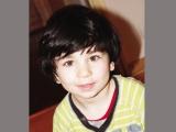 David Stoicescu are 4 ani și tot ce își dorește este să meargă
