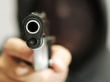Doi români şi opt italieni, răniţi într-un jaf armat la un supermarket din Italia