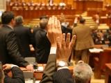 Dublarea alocațiilor, aprobată de Camera Deputaților. Ponta: Îl susţinem, dar impactul este de 1,8 miliarde de lei pe an