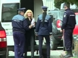 Elena Udrea a ajuns la DNA pentru confruntarea cu denunțătorii. Fostul ministru a afișat un look total diferit