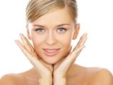 Fă-ți singură cel mai bun masaj facial antirid!