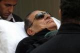 Faraonul Hosni Mubarak este ţinut în viaţă doar cu ajotorul aparatelor