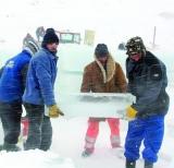 Hotelul de gheață de la Bâlea va fi închiriat înainte de a fi ridicat ?!