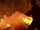 Incendiu puternic în Capitală: Un bătrân a fost găsit mort