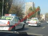 INCREDIBIL! Mașini de poliţie burdușite cu varză. Vezi reacția Poliției Capitalei