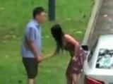 Îndură cu stocism tortura la care este supus de iubită VIDEO