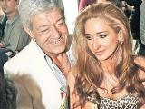 Ioana Dichiseanu se chinuie să scape de fostul soț