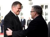 Klaus Iohannis: Am convenit cu Komorowski organizarea la București a unei întâlniri în format regional la nivel de șefi de stat