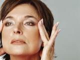 Lupta contra timpului: câștigă 10 ani prin 2 metode de întinerire facială!