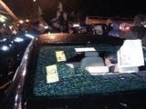 Ministrul Barbu, luat la tir cu pietre de protestatari