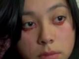 Șocant. Femeia care plânge cu lacrimi de sânge!
