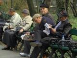 Pensiile și salariile bugetarilor vor fi plătite în avans înainte de Paște