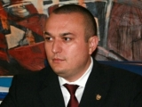 Percheziții la Primăria Ploiești. Primarul Iulian Bădescu, audiat la DNA