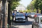 Poliţia plăteşte ratele cu girofarul!