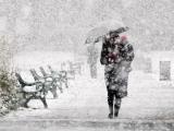 Revin ninsorile și ploile. Meteorologii au emis cod galben începând de joi