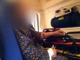 REVOLTĂTOR! O bătrână a fost ținută 4 ore într-o ambulanţă