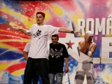 """""""Românii au talent"""". Cum a învăţat să danseze Robo, băiatul cu """"oasele de cauciuc"""""""