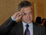 """Tentativa de """"tun"""" a lui Fenechiu, blocată de lege"""