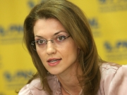 Alina Gorghiu: Am venit astăzi să-mi prezint candidatura și să câștig un vot