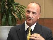 Un renumit medic ȘOCHEAZĂ: Orice formă de CANCER se vindecă în câteva săptămani
