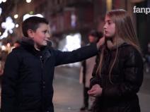 Cum reacționează băieții când sunt rugați să lovească o fată VIDEO