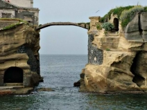 Gaiola, insula blestemată