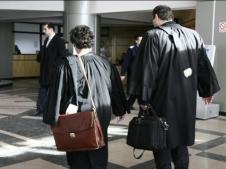 Murdăria din Baroul București. Un avocat intimidează clienții altor colegi de breaslă