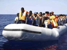 O nouă tragedie în Mediterană. Zeci de imigranți s-au înecat încercând să ajungă în Italia