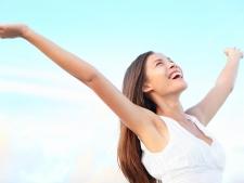 Transpiraţie excesivă? Scapă de ea cu tratamente naturiste
