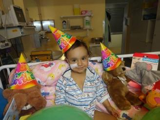 la-doar-trei-luni-stefan-are-nevoie-de-un-transplant-de-ficat-ajutorul-tau-il-poate-salva-41566-1.jpg