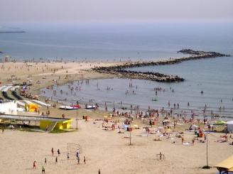 litoralul-isi-asteapta-oaspetii-39185-1.jpg