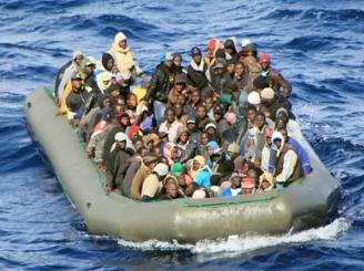 naufragiu-in-mediterana-capitanul-si-un-membru-al-echipajului-arestati-supravietuitori-ne-am-tinut-de-cadavre-ca-sa-suravietuim-46357-1.jpg