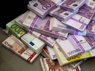 spaga-la-guvern-contracte-de-un-miliard-de-euro-dna-audiaza-40-de-demnitari-41744-1.jpg