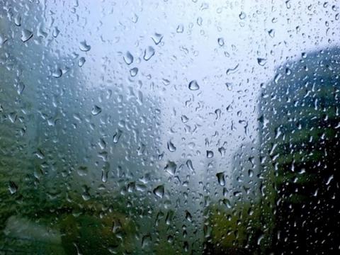 ALERTĂ METEO de vreme rea: Ploi abundente în toată țara
