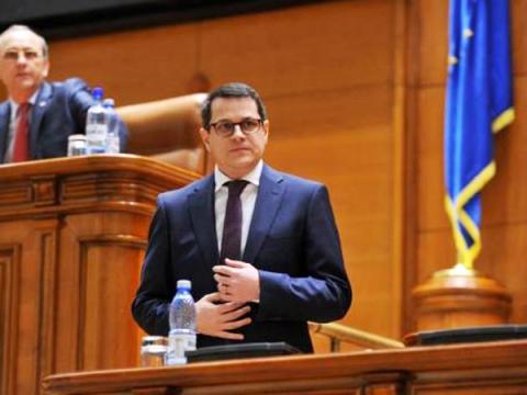 Eduard Hellvig, votat de Parlament la șefia SRI