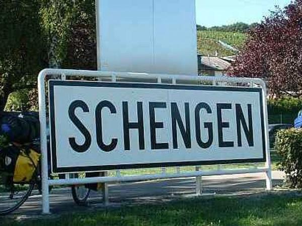 Și, totuși, cine nu ne vrea în Schengen?