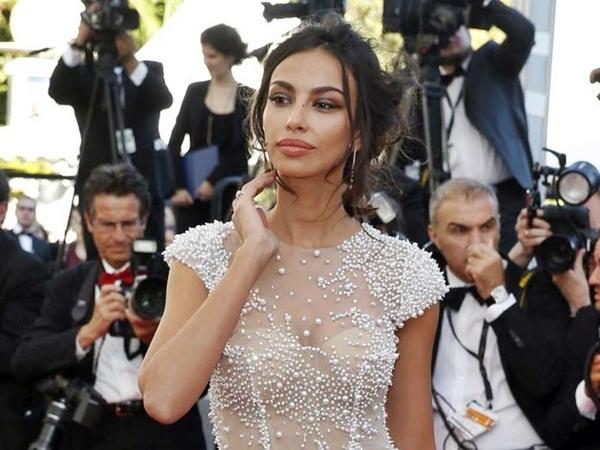 Mădălina Ghenea, apariție de senzație la Cannes
