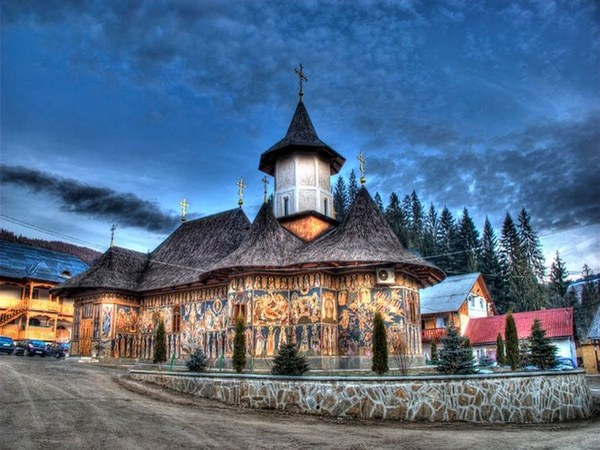 Mănăstiri pictate din Bucovina